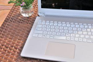オンライン家庭教師に必要な機材①パソコン